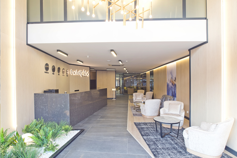 Hotel-86